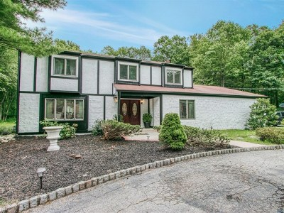 Franklin Lakes Single Family Home For Sale: 903 High Mountain Road
