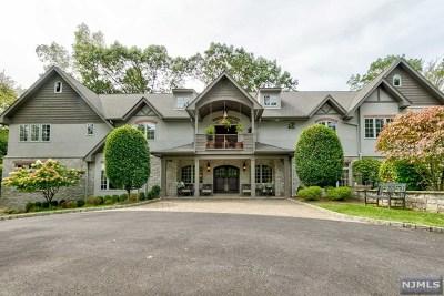 Upper Saddle River Single Family Home For Sale: 15 Cobblestone Drive