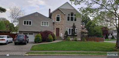 Emerson Single Family Home For Sale: 87 Dorchester Road