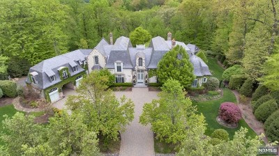 Saddle River Single Family Home For Sale: 59 Fox Hedge Road