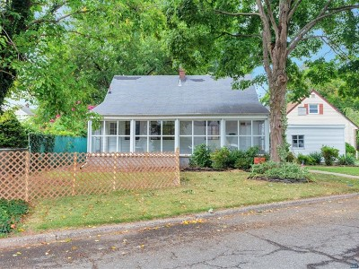 Hasbrouck Heights Single Family Home For Sale: 595 Longview Place