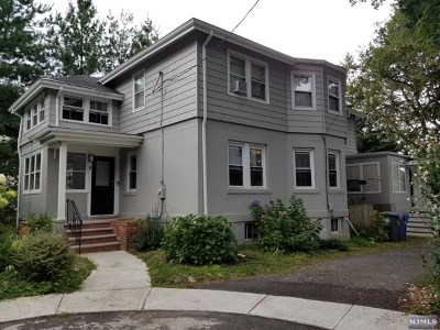 Englewood Single Family Home For Sale: 8 Howard Place