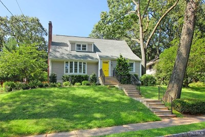 Essex County Single Family Home For Sale: 16 Cambridge Road