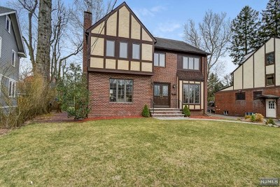 Essex County Single Family Home For Sale: 11 Wootton Road