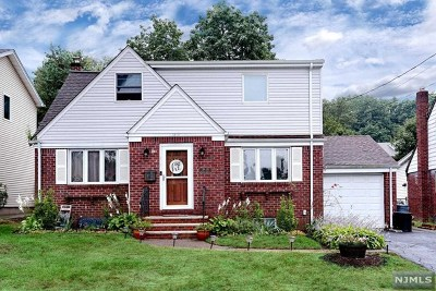 Fair Lawn Single Family Home For Sale: 34-18 Stelton Terrace