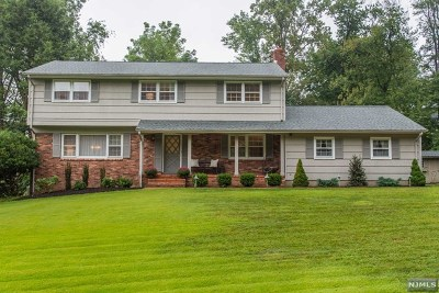 Hawthorne Single Family Home For Sale: 93 Cider Mill Road