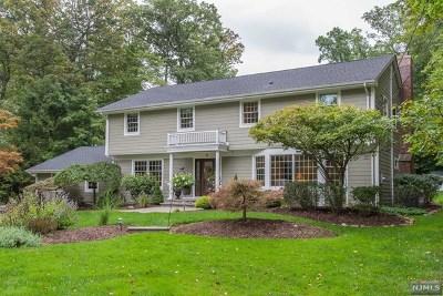 Upper Saddle River Single Family Home For Sale: 67 Mill Glen Road