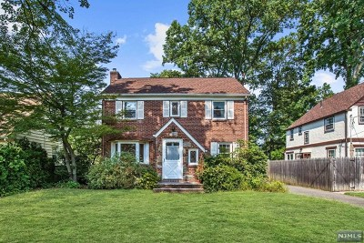 Tenafly Single Family Home For Sale: 71 Floral Terrace