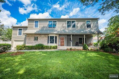 Bergen County Single Family Home For Sale: 3 Lachmund Court