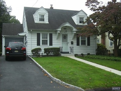 Dumont Single Family Home For Sale: 87 Fleetwood Road