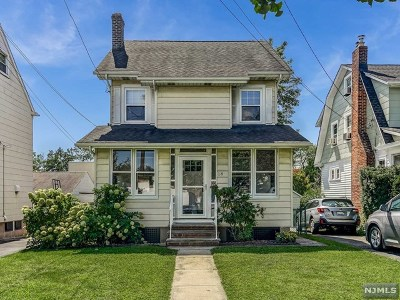 Essex County Single Family Home For Sale: 18 Warren Street