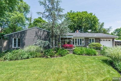 Bergen County Single Family Home For Sale: 98 Lindbergh Parkway