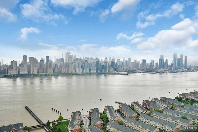 Hudson County Condo/Townhouse For Sale: 6600 Boulevard East #18m