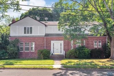 Teaneck Single Family Home For Sale: 36 Lindbergh Boulevard