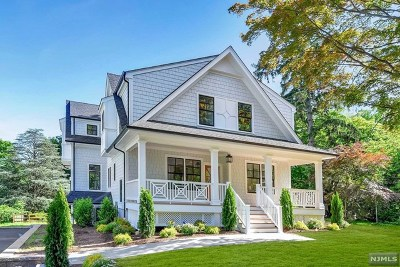 Ridgewood Single Family Home For Sale: 50 Fairmount Road