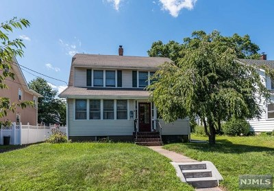 Hawthorne Single Family Home For Sale: 182 Parmelee Avenue