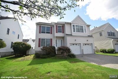 River Vale NJ Single Family Home For Sale: $688,000