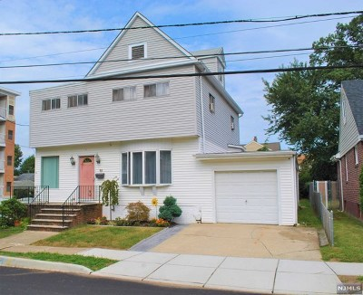 Rochelle Park Single Family Home For Sale: 96 Terrace Avenue