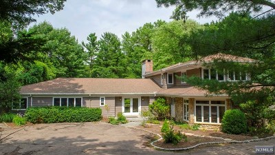Essex County Single Family Home For Sale: 10 Stewart Road