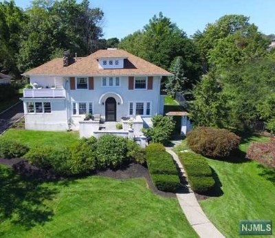 Essex County Single Family Home For Sale: 40 Lakeside Avenue