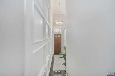 Montvale NJ Condo/Townhouse For Sale: $819,000