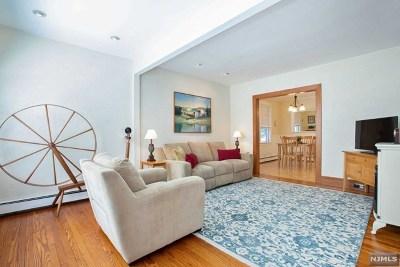 Hackensack Single Family Home For Sale: 266 Fairmount Avenue