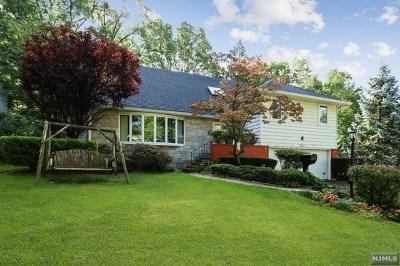 Teaneck NJ Single Family Home For Sale: $849,000