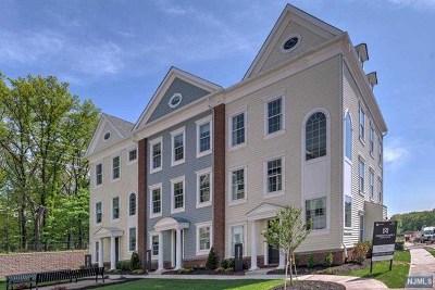 Wood Ridge NJ Condo/Townhouse For Sale: $629,990