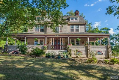 Essex County Single Family Home For Sale: 28 Arlington Avenue