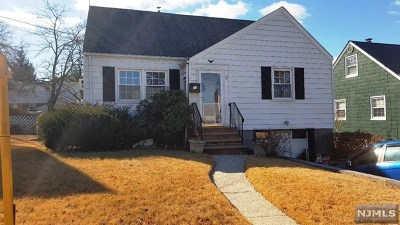 Bergen County Single Family Home Under Contract: 17 Birchwood Drive