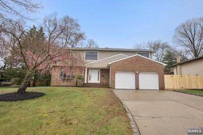 Waldwick NJ Single Family Home Under Contract: $619,900