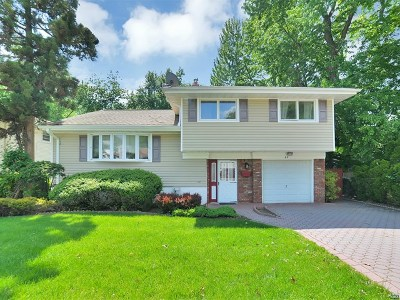 Bergenfield Single Family Home Under Contract: 65 Moos Lane