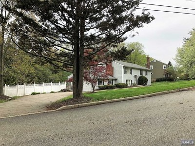 West Milford Single Family Home Under Contract: 109 Wesley Drive