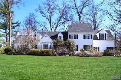 Tenafly Single Family Home Under Contract: 30 North Brae Court