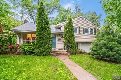 Bergenfield Single Family Home Under Contract: 50 Harrington Street