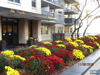 Hudson County Condo/Townhouse Under Contract: 6600 Boulevard East #9h