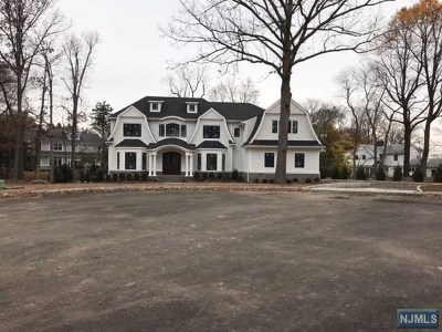 Wyckoff Single Family Home Under Contract: 701 Galenkamp Court