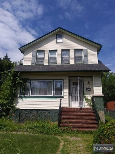 Teaneck Single Family Home Under Contract: 324 Willow Street