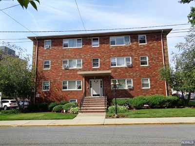 Fort Lee Condo/Townhouse Under Contract: 2430 8th Street #D5