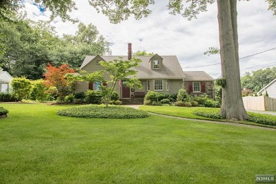 Bergen County Single Family Home Under Contract: 381 Heights Road