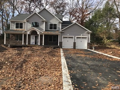 Bergen County Single Family Home Under Contract: 78 Plymouth Road