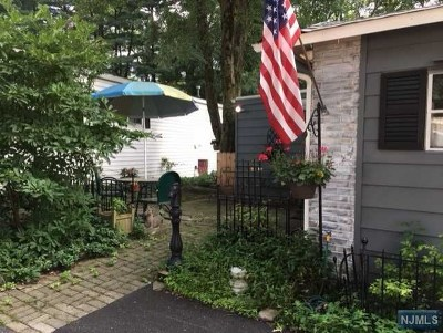 Mahwah NJ Single Family Home Under Contract: $109,888