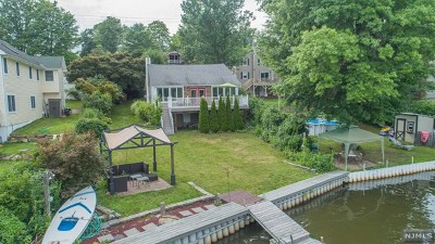 West Milford Single Family Home Under Contract: 1908 Greenwood Lake Turnpike