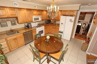 Ramsey Single Family Home Under Contract: 10 New England Drive