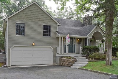 Wayne Single Family Home Under Contract: 4 Chestnut Drive