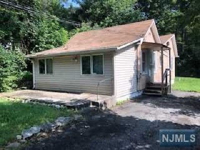 West Milford Single Family Home Under Contract: 12 Quinton Road