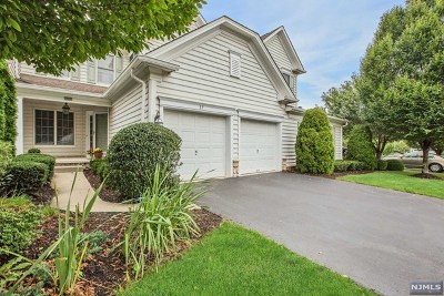 Paramus Condo/Townhouse Under Contract: 37 Thistle Drive
