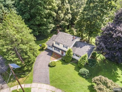 Passaic County Single Family Home Under Contract: 12 Peslin Court