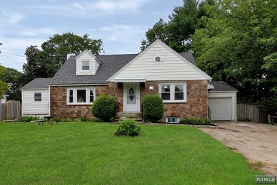 Bergenfield Single Family Home Under Contract: 181 East Clinton Avenue