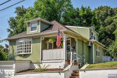 Hawthorne Single Family Home Under Contract: 54 Mohawk Avenue